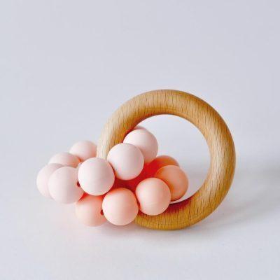 peach teething ring.jpg